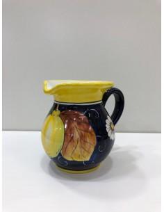 Lemon-filled tableware...
